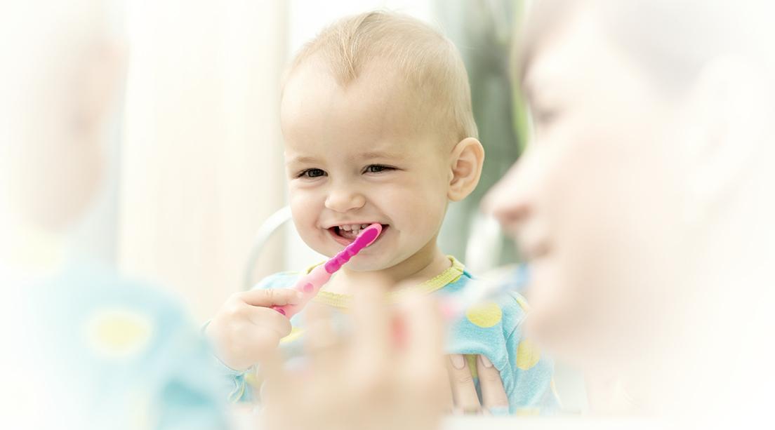 Los primeros dientes de los bebés