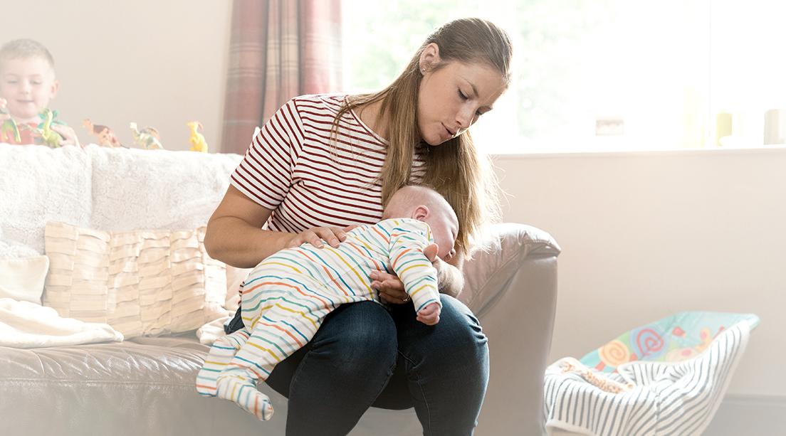 Cómo hacer eructar a un bebé: tips y consejos